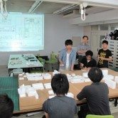 3回生実習講評会風景・学生作品の画像